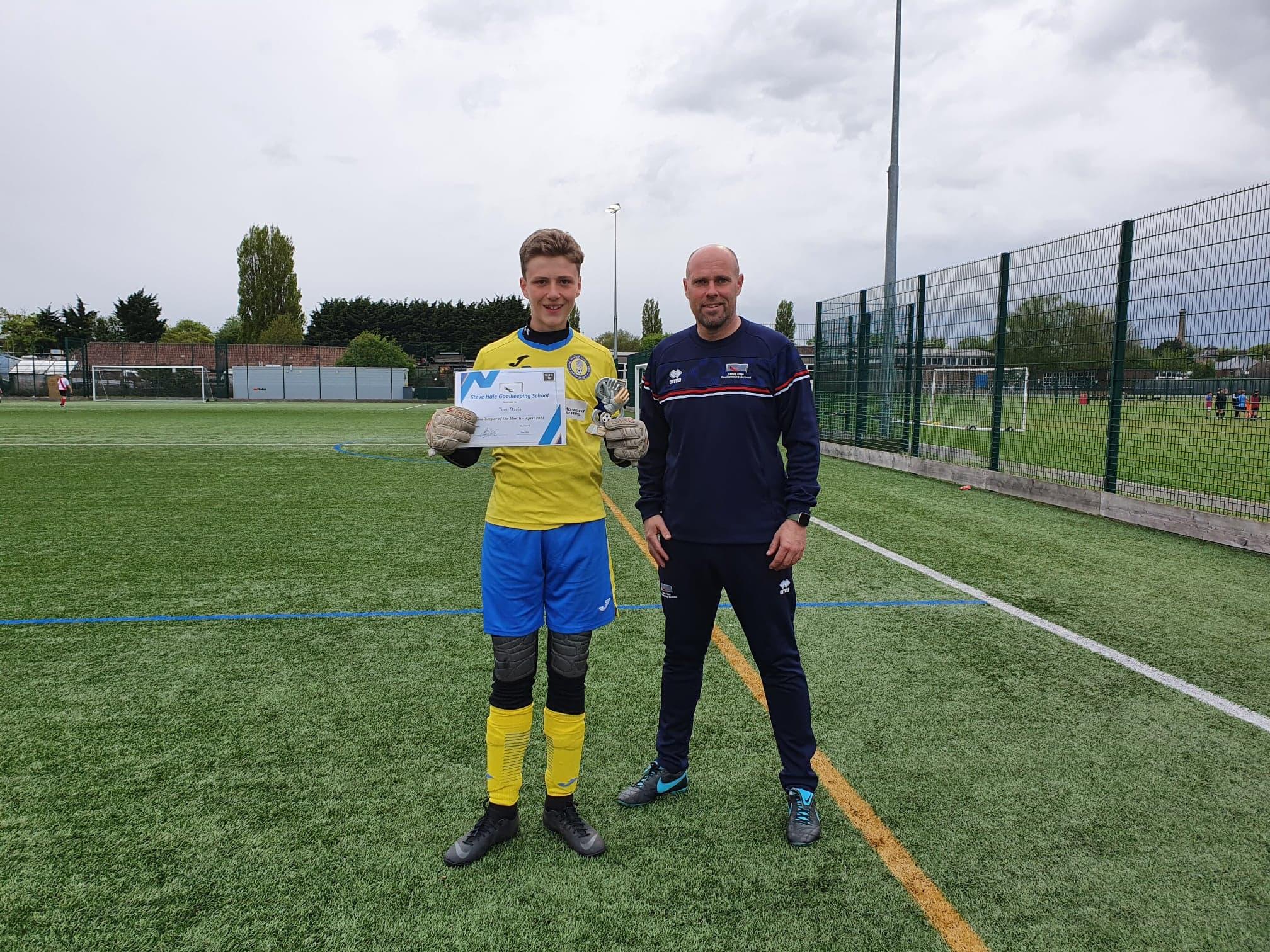 Tom_Davis_Goalkeeper_of_the_Month